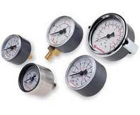 18-015-989 Manometer ø40mm 0…10bar/psi R1/8 hinten